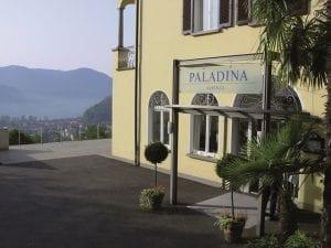 Hotel Paladina Eingang in Pura Schweiz