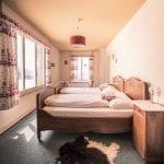 berghotel-schynige-platte-schlafzimmer-02